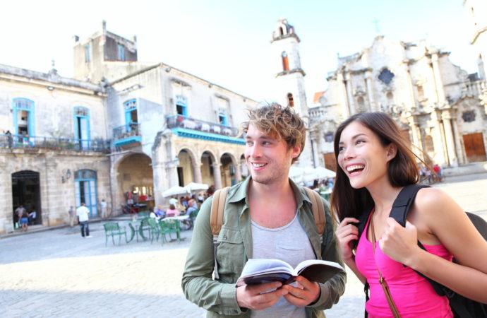 Arrivi turistici in Italia: previsioni 2016 all'insegna del recupero. Il turismo crescerà anche nel 2017