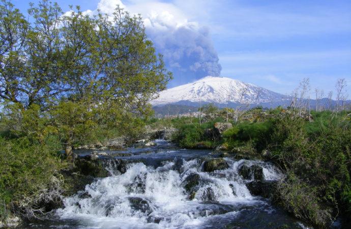Confedercontribuenti Turismo: agli amici di Musumeci i Parchi naturali siciliani. Parco dell'Etna passa a Caputo, il sindaco che mai si e' interessato del Parco