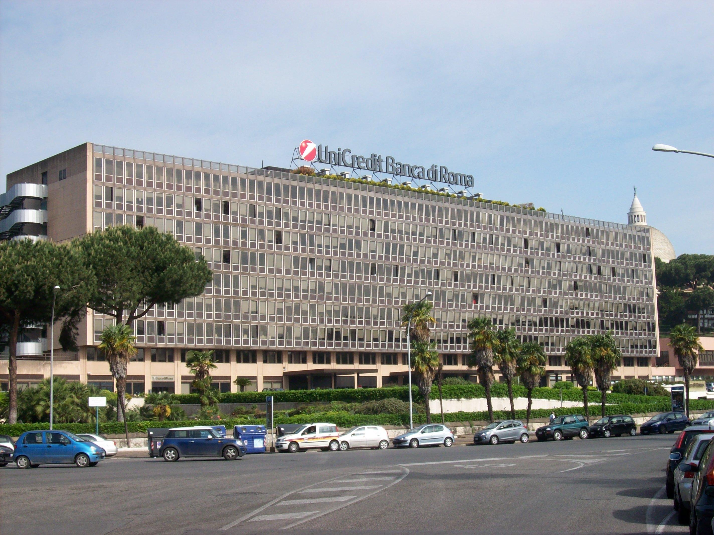 Roma 12 maggio 2016 – DoBank S p A gi UniCredit Credit Management Bank UCCMB ¨ la Banca specializzata nella gestione dei crediti insoluti operativa